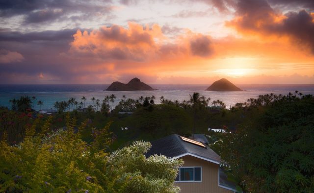 Kehaulani - Sunset skies - Oahu Vacation Home