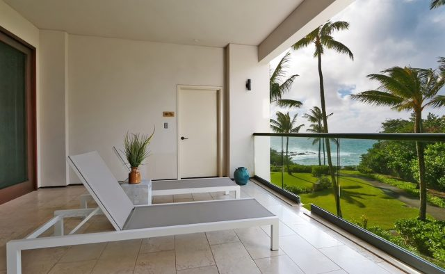 Coral Reef Luxury Home Rental - Balcony - Hawaii Hideaways