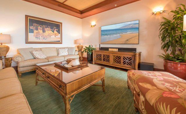Bermuda Blue at Montage Luxury Home Rental - Living room- Hawaii Hideaways