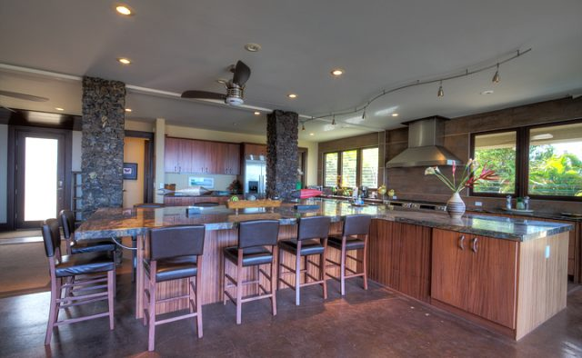 Wailea Sunset - Kitchen - Luxury Vacation Homes