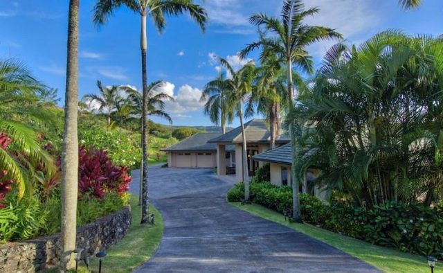 Sea Glass Luxury Home Rental - Hawaii Hideaways